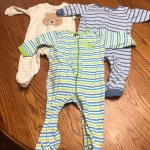 6/$20 Bundle of 3 footed play suits size 3-6 mo